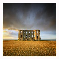 Downhill House by Klarens-photography
