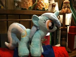 Lyra heartstrings plush by SweetwaterPony