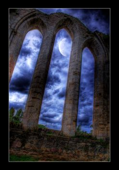Moonlit Arch HDR by GeckoHippy