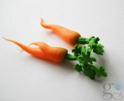 Miniature carrots by GemDeDude