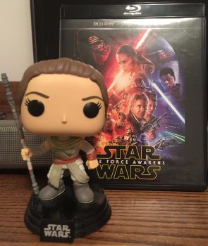 Movie and Funko Pop - Star Wars: The Force Awakens by FlyingPrincess