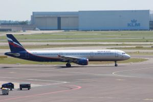 aeroflot VQ-BEA by damenster