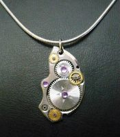 Steampunk pendant by lollollol2