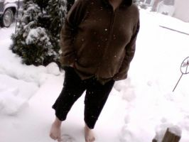 Snow Feet by doll-fin-chick