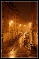 Raining night in Paris by Simounet