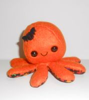 Halloween Octopus Plushie by kiddomerriweather