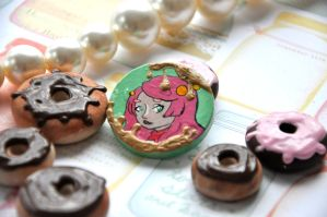 Brooch 9 by Rinnanine