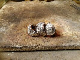 Hair cut silver ring by Debals