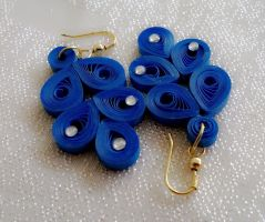 Quilled Ear ring by Anitadoma
