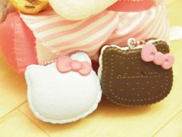 Hello-Kitty Sweet Treats by ImSugarRibbon