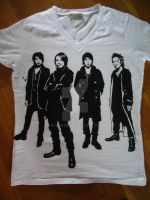 L'Arc-en-Ciel t-shirt by Klonken