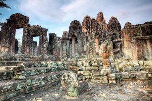 Bayon temple by MotHaiBaPhoto