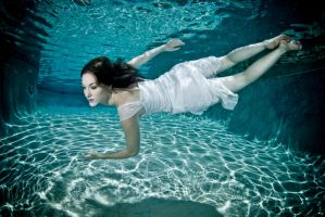 Underwater 12 by Element-of-Air