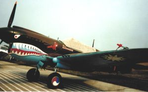 P-40 Warhawk - Flying Tigers by 100kt-tape