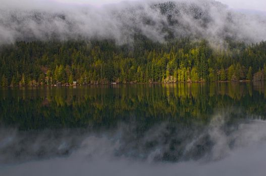 HDR reflection 2 by NolanCF