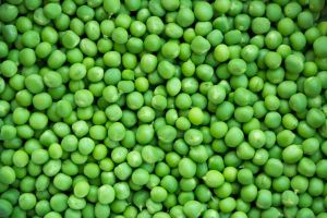 Peas 1. by GranthWeb