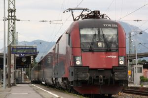 RailJet in Freilassing by Budeltier