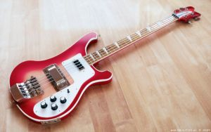 3D - Bass Guitar 1 by raykitshum