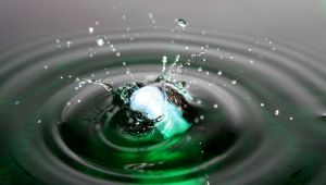 A marble falling into water 02 by mimicry94