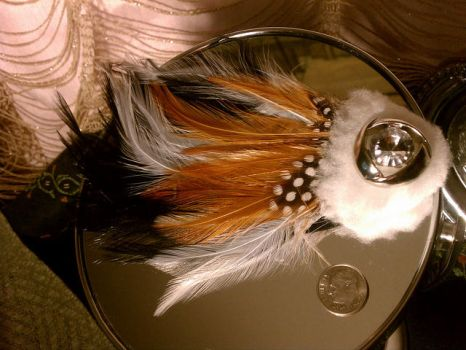 Tiny Fascinator Clip by dreadthedays
