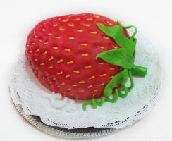 strawberry cake by Mandy0x