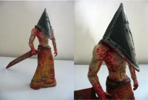 Pyramid Head by OddandOddesss