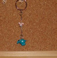 Elephant and Mouse keychain by Leemeeri