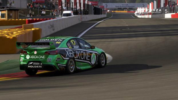The Commodore Meets the Bathurst of Europe by MAJORPR3D4TOR