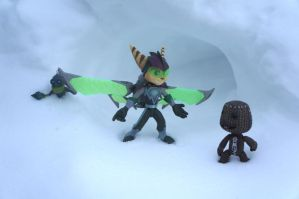 Ratchet and Sackboy - Winter Adventure by Saru-Starwind