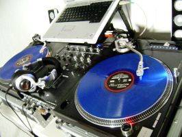 Turntables by stephuhnoids