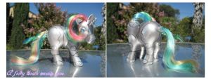 Robot Unicorn Attack Shy Pose by noelle23