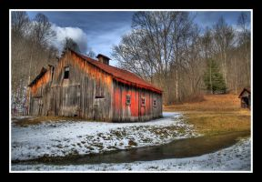 Country Barn HDR by Logicalx