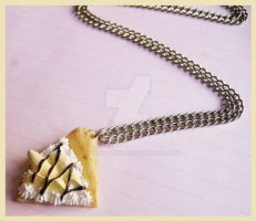Banana Creppe Necklace by cherryboop