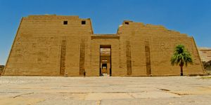 Medinet Habu temple by francis1ari