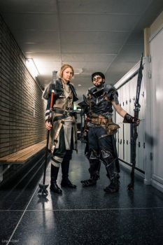 Hawke and Anders by nealicraft