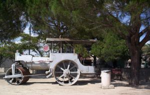 Antique steamroller by Gothicmamas-stock