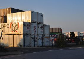 shipping containers by jynto