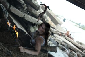 Tomb Raider Reborn cosplay by HelenaGlok