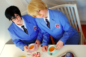 Ouran High School Host Club - King (Tea) Time. by Tohkoe