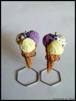 blueberry, stracciatella and vanilla ice cream by Maca-mau