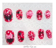 Minnie Mouse Nails by neko-crafts