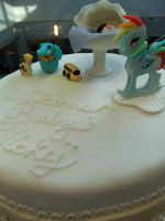 Baby Shower Cake by zamor438