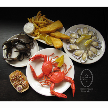 1:3 scale miniature Seafood Order by Snowfern