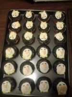 2012-05-19 Penguin cupcakes by zillia