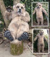 Grubbs grizzly feet by LilleahWest