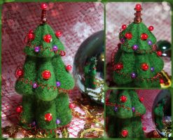 christmas tree by An-gora