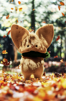 Timothy the autumn mouse by JesusFC