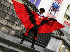 Red Robin  - open wing by Kura-Kitsune
