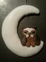 Owl on the fluo moon fimo by bimbalove81