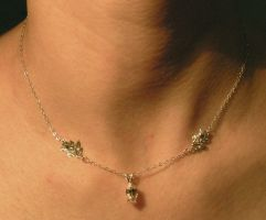 Rosebud and Morganite - pink beryl - Necklace by Izile